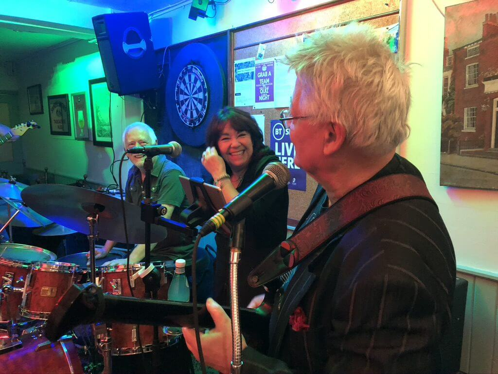 "Hamish Stewart, Martine Howard and John ""Dusty"" Dunsterville playing live at The Retreat pub in Reading."
