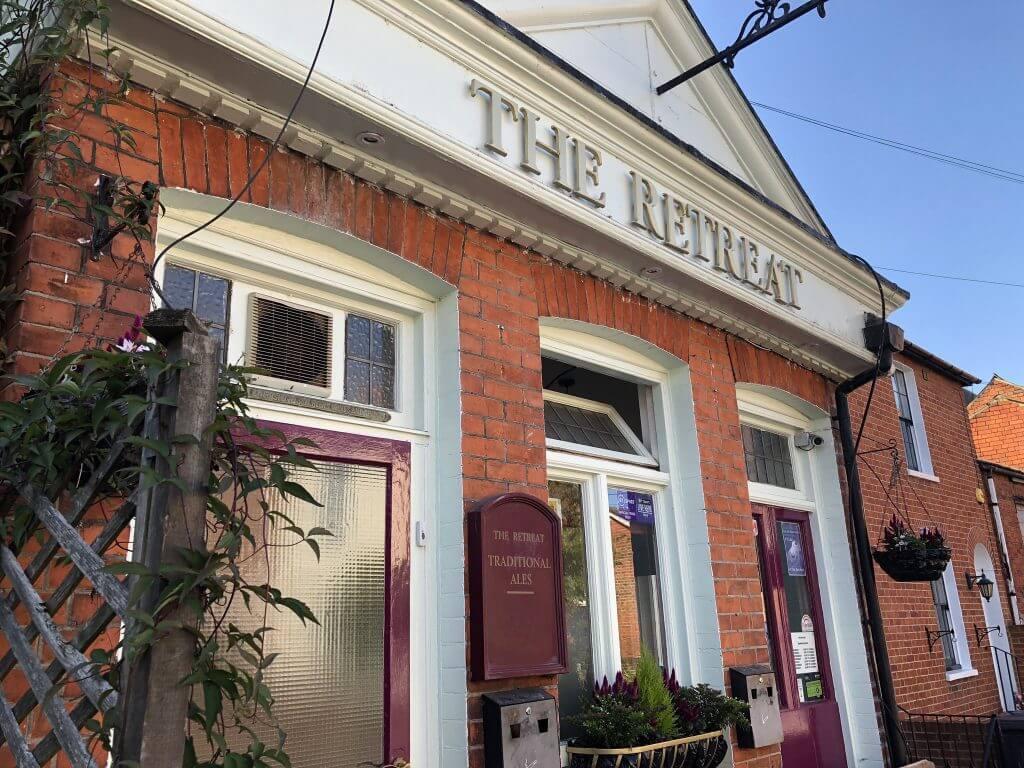 The Retreat real ale pub, 8 St John's Street, Reading, RG1 4EH