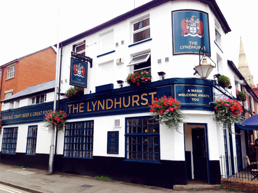 The Lyndhurst, Reading, a real ale pub in the Beer Triangle