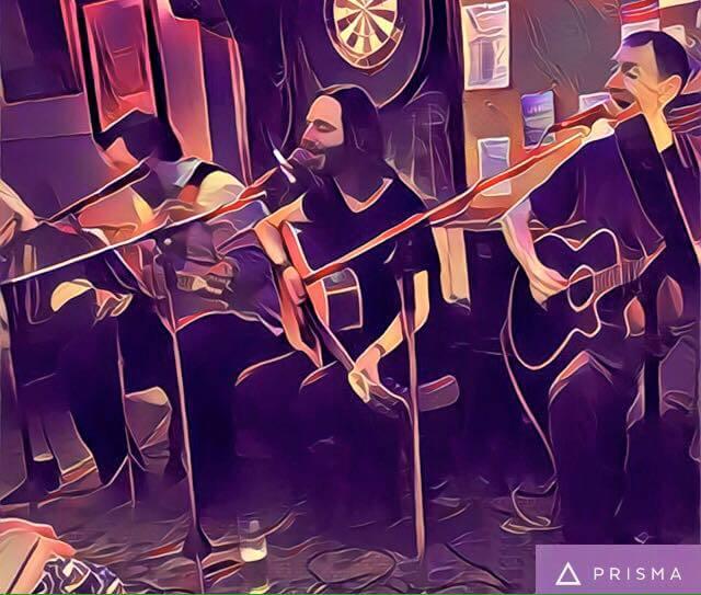 Acoustic Beatles Shambles live at The Retreat pub in Reading, Berkshire
