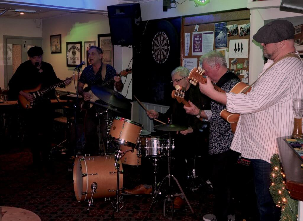 New Year's Eve band at The Retreat pub in Reading